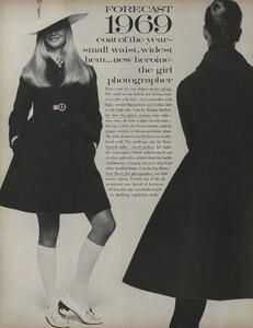 Penati_US_Vogue_January_1st_1969_15.thumb.jpg.6428eacfc7b0d53801f5a3a9b7dd3e17.jpg