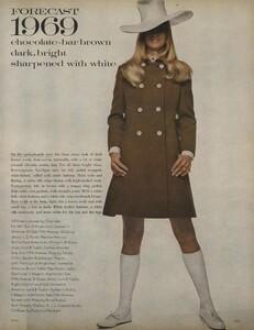 Penati_US_Vogue_January_1st_1969_18.thumb.jpg.1e3d526889892f6fa90e23e0d1022130.jpg