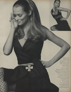 Penati_US_Vogue_January_1st_1969_32.thumb.jpg.208d9de0cf9f93505e0c3be9c637ca9b.jpg