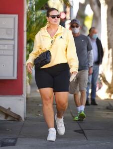 ashley-graham-in-bike-shorts-and-yellow-windbreaker-santa-monica-05-05-2021-0.jpg