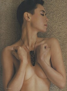 Halard_Newton_US_Vogue_August_1987_02.thumb.jpg.d9f330767693662593e4d6cb3583d94b.jpg