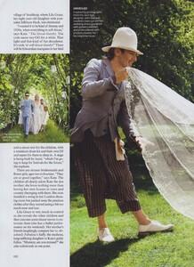 KM_Testino_US_Vogue_September_2011_07.thumb.jpg.c6c8d9fd01feb1e2e5526ee35f745e5d.jpg