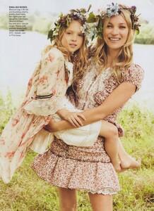 KM_Testino_US_Vogue_September_2011_10.thumb.jpg.2ad615f1f465d7952abbfe6a278440fa.jpg