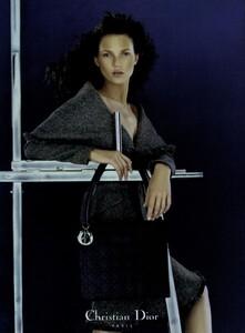 Knight_Dior_Fall_Winter_1998_99_01.thumb.jpg.ad684e85c3508196da28415f6c937903.jpg