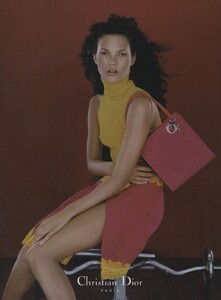 Knight_Dior_Fall_Winter_1998_99_03.thumb.jpg.9b728dff8bb96f6dda245b1c6b169f36.jpg