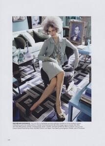 Meisel_US_Vogue_May_2010_05.thumb.jpg.315041cf20c80d4787090ef6a1a2c796.jpg