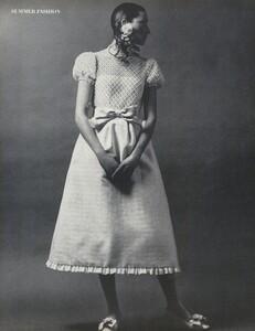 Waldeck_Penati_US_Vogue_April_15th_1968_03.thumb.jpg.4784cb8fe1ce1688e63a2c0c77e189c3.jpg