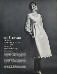 Waldeck_Penati_US_Vogue_April_15th_1968_04.thumb.jpg.6231f69acc7d501d57037ede70c88bf3.jpg