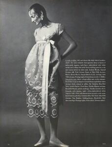 Waldeck_Penati_US_Vogue_April_15th_1968_07.thumb.jpg.5b45d0e74e0474640b2a60cb90b608ef.jpg