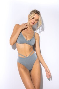 finalRevelReySwim-Brooke-Editorial-1352_2048x2048.progressive.jpg