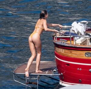 taylor-hill-in-bikini-at-a-boat-in-positano-06-27-2021-3.jpg