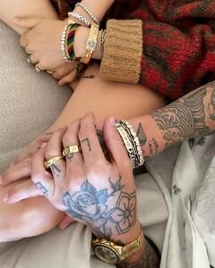Rob Zangardi on Instagram_ _Bling Ring.  _adamlevine _ _behatiprinsloo both wearing _vraiofficial x _RandM.  Styled by our fashion hero_s _madgoldman _ _danixmichelle__CSH65eYpppl(JPG).jpg