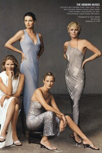 Leibovitz_US_Vogue_November_1999_Cover_03.thumb.jpg.8d3a8f8e042618c831af885327981e3a.jpg
