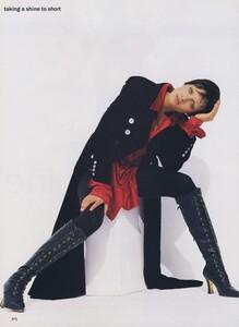 Short_Ritts_US_Vogue_October_1993_03.thumb.jpg.0a2bbc27881282f2bd87c67cfa1a8916.jpg
