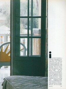 Adventure_Piel_US_Vogue_December_1987_12.thumb.jpg.e70efecc51e804cfbe086dcb3c581f60.jpg