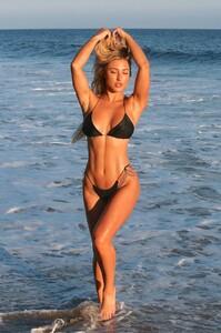 Stefanie-Gurzanski---Baby-G-in-a-bikini-in-Los-Angeles-03.jpg