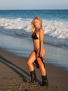 Stefanie-Gurzanski---Baby-G-in-a-bikini-in-Los-Angeles-09.jpg