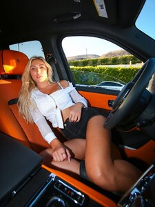 Stefanie-Gurzanski---Baby-G-in-a-bikini-in-Los-Angeles-17.jpg