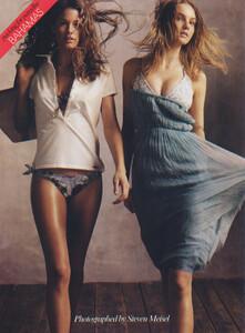 Packing-for-Paradise-Steven-Meisel-Vogue-US-June-2005-08.thumb.jpg.b81162f8a4b24a479cd9b96d4c08c3eb.jpg