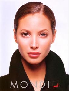 Christy_Turlington___MONDI_adv_02.jpg