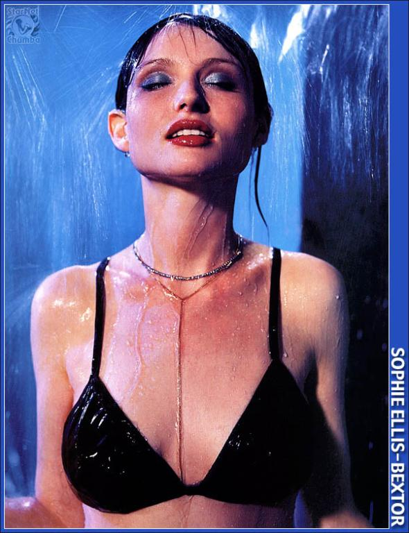 See Sophie Ellis Bextor at your number one celebrity search engine